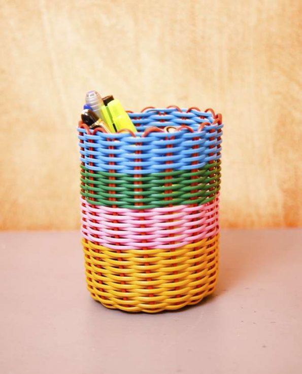 Pot à crayons tressé couleurs bariolées - photo 3