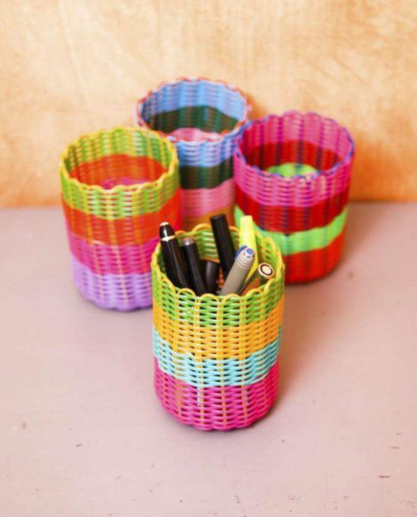 Pot à crayons tressé couleurs bariolées - photo 1