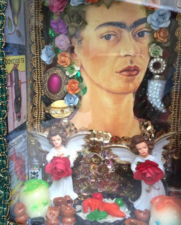 Boîte décorative ex-voto art mexicain Frida Kahlo - détail
