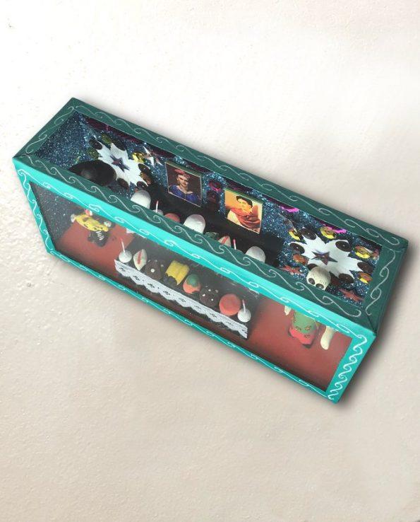 Vitrine mexicaine autel calacas turquoise - vue de haut