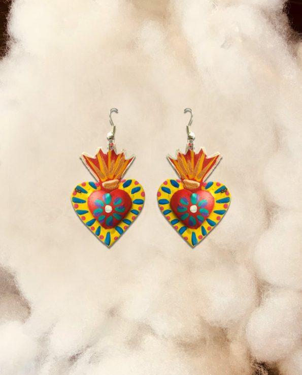 Boucles d'oreille artisanales Mexique - coeur jaune centre rouge