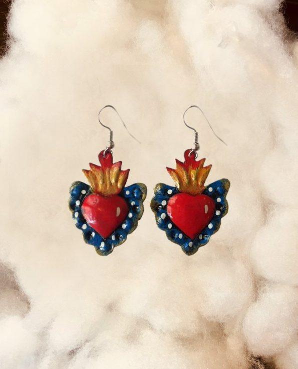 Boucles d'oreille artisanales Mexique - coeur rouge bord peint bleu