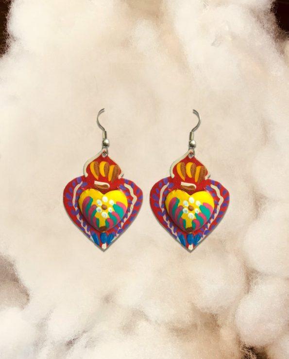 Boucles d'oreille artisanales Mexique - coeur rouge centre jaune