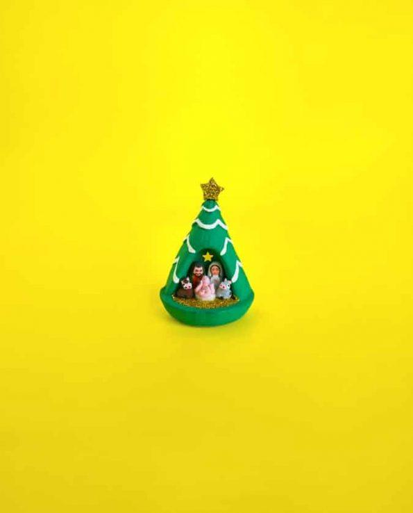 Crèche artisanale miniature sapin de noël