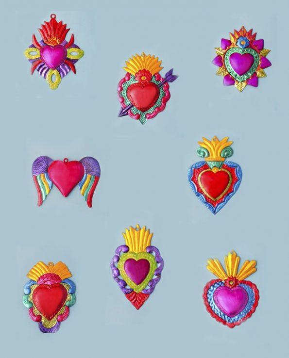Coeur ex-voto métal repoussé 20cm multicolore