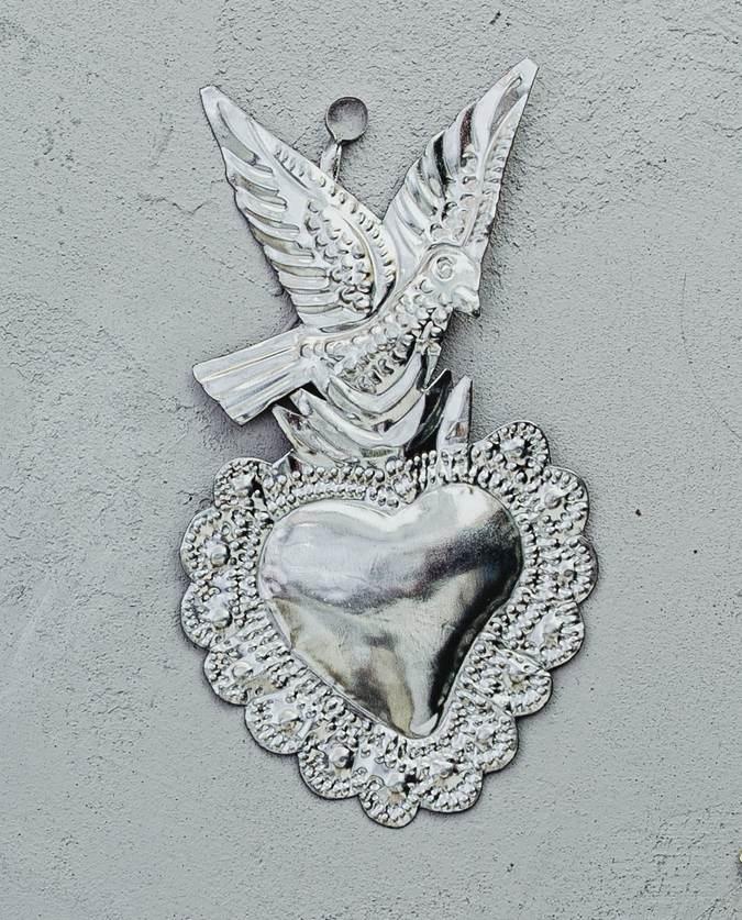 Coeur ex-voto mexicain colombe métal naturel