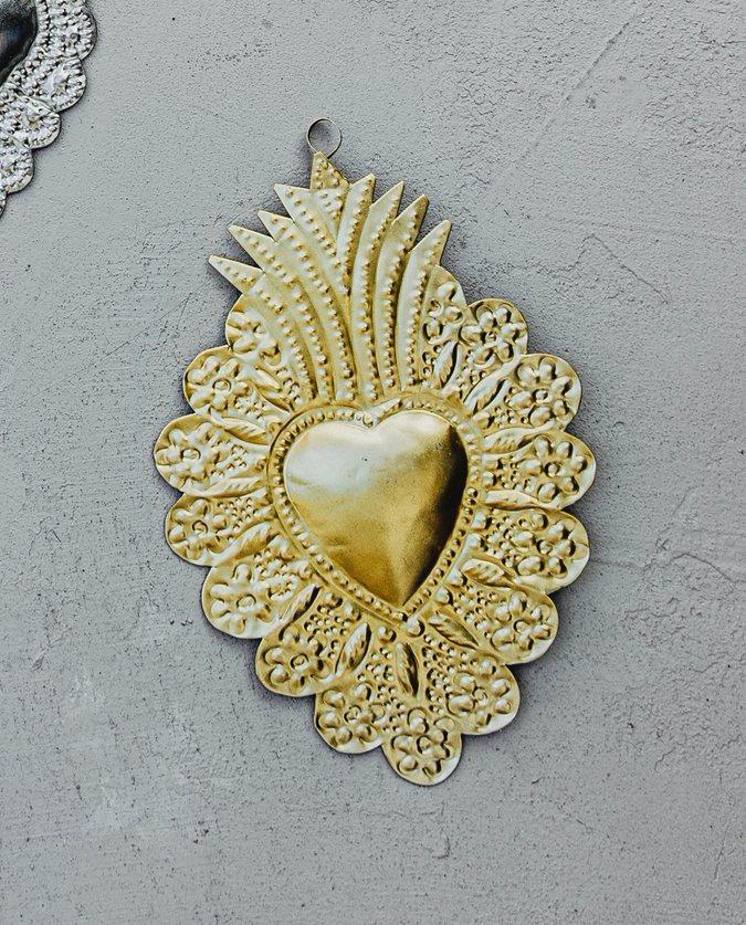 coeur ex voto couronne de fleurs doré