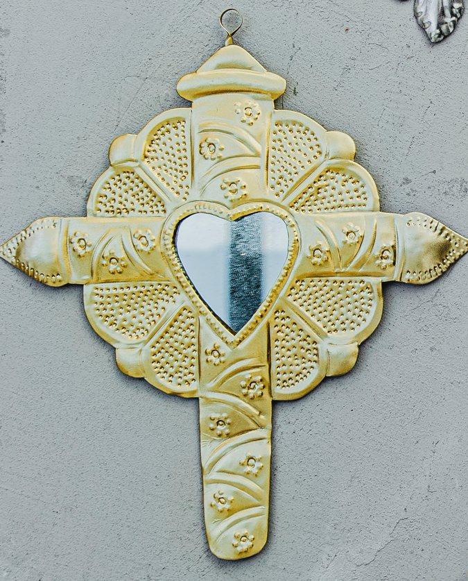 Croix coeur coloniale dorée