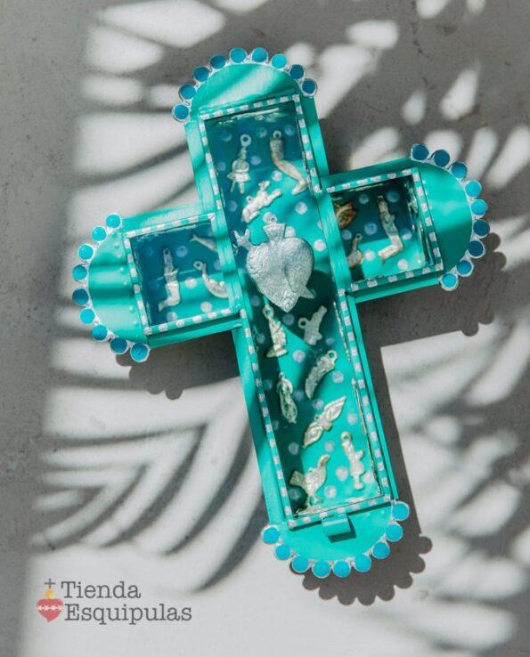 Vitrine Croix sertie de milagros, turquoise