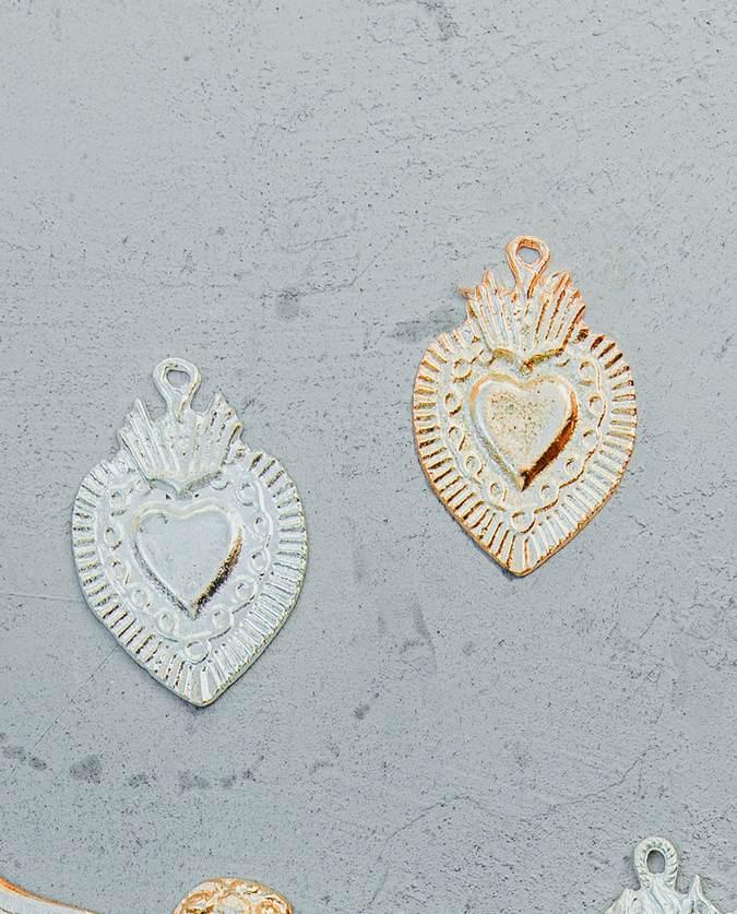 Coeur ex-voto mexicain frise et rayons de lumière (doré ou argenté)