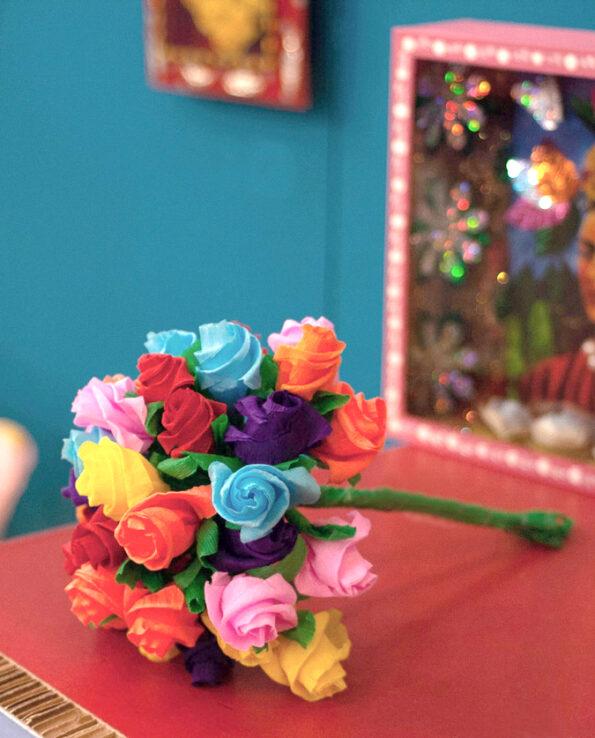 Bouquet de 35 roses papier assorties